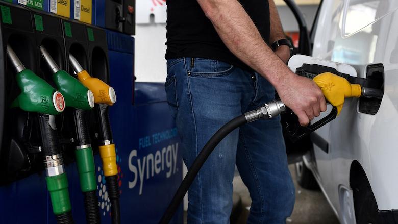 Automobilisten doelwit van nieuwe oplichtingstruc: WhatsAppfraude namens tankstations wegens openstaande rekening