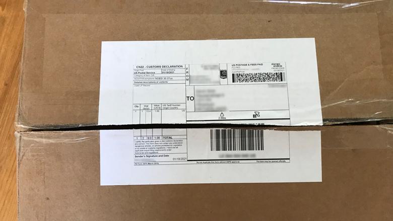 Voorbeeld van een CN22-formulier bestemd voor de douane